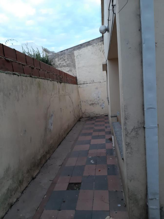 Foto Casa en Venta en  La Plata ,  G.B.A. Zona Sur  CALLE 18 Y 35