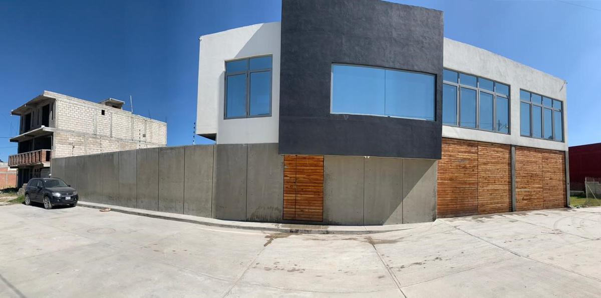 Foto Oficina en Venta | Renta en  San Diego de los Padres Otzacatipan,  Toluca  OFICINAS EN RENTA  O VENTA TOLUCA AEROPUERTO