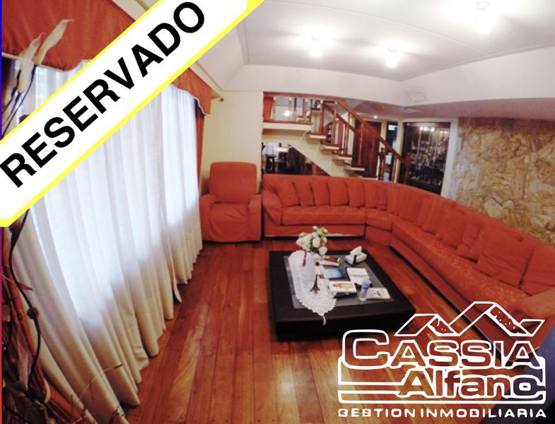 Foto Casa en Venta |  en  Lanús Oeste,  Lanús  SANTIAGO DE LINIERS 899