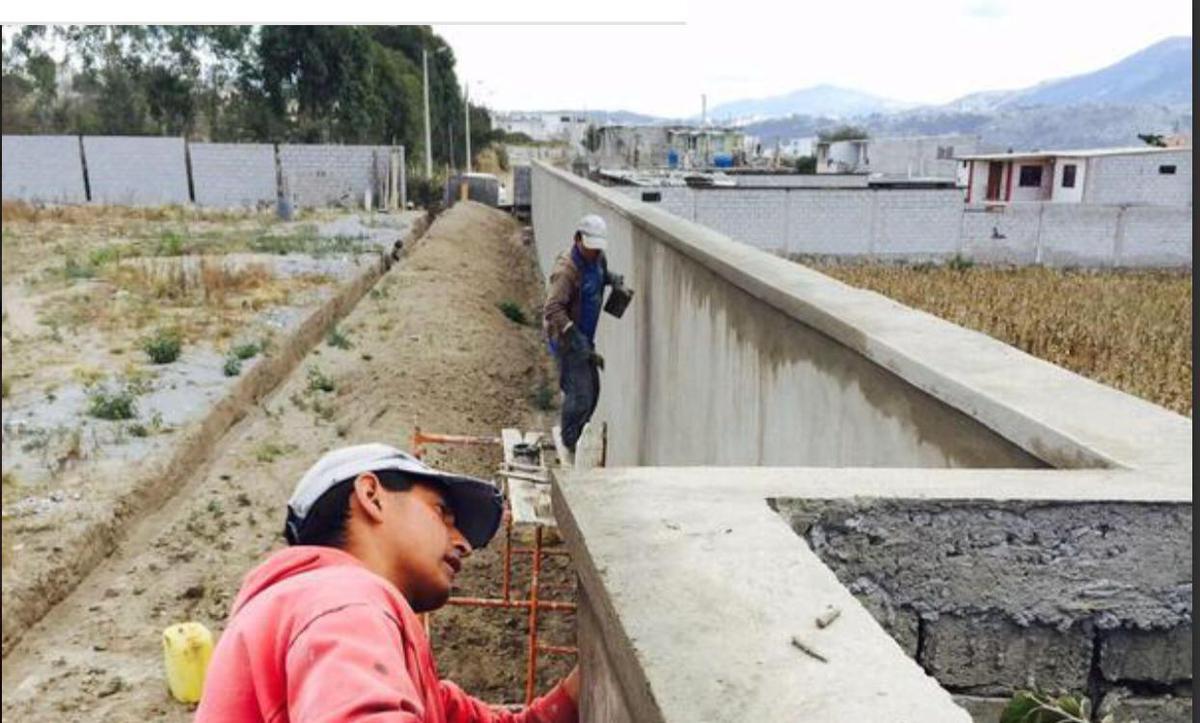 Foto Terreno en Venta en  Calderón,  Quito  Calderón Marianitas