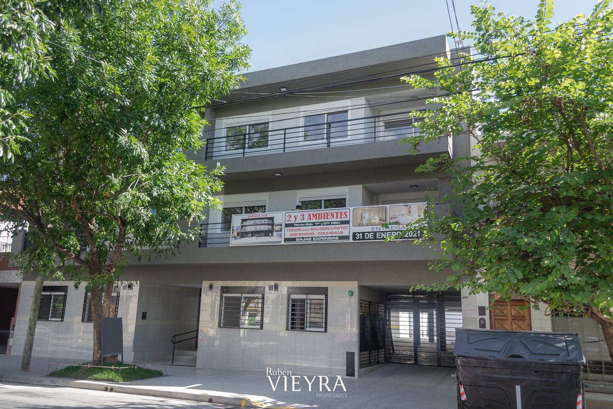 Foto Departamento en Venta en  Monte Castro,  Floresta  Cervantes al 2000