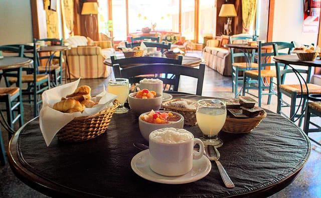 Foto Hotel en Venta en  Centro,  Pinamar  De Las Toninas 50