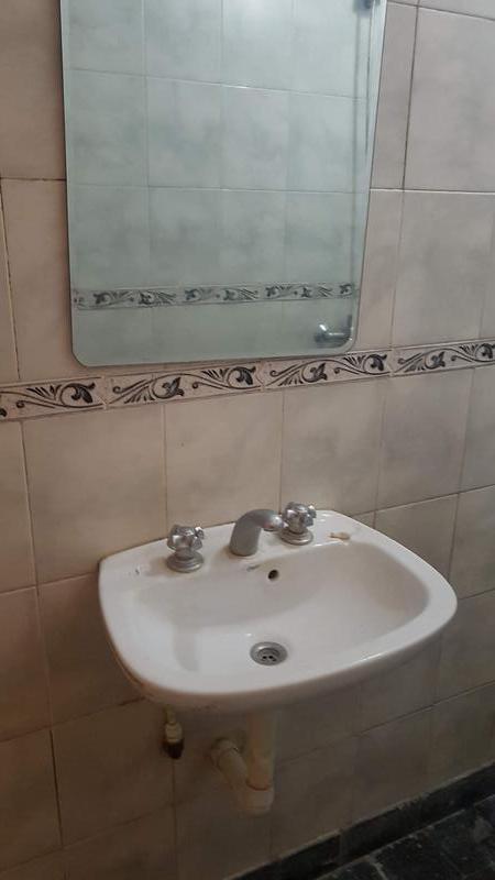 Foto Departamento en Alquiler en  Moreno,  Moreno  Departamento centrico - Rivadavia al 100
