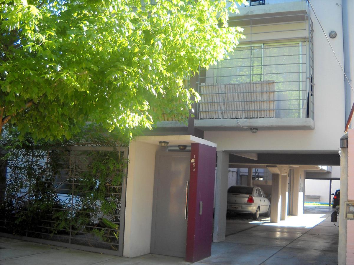 Foto Departamento en Venta en  S.Isi.-Vias/Rolon,  San Isidro  Garibaldi  al 1100