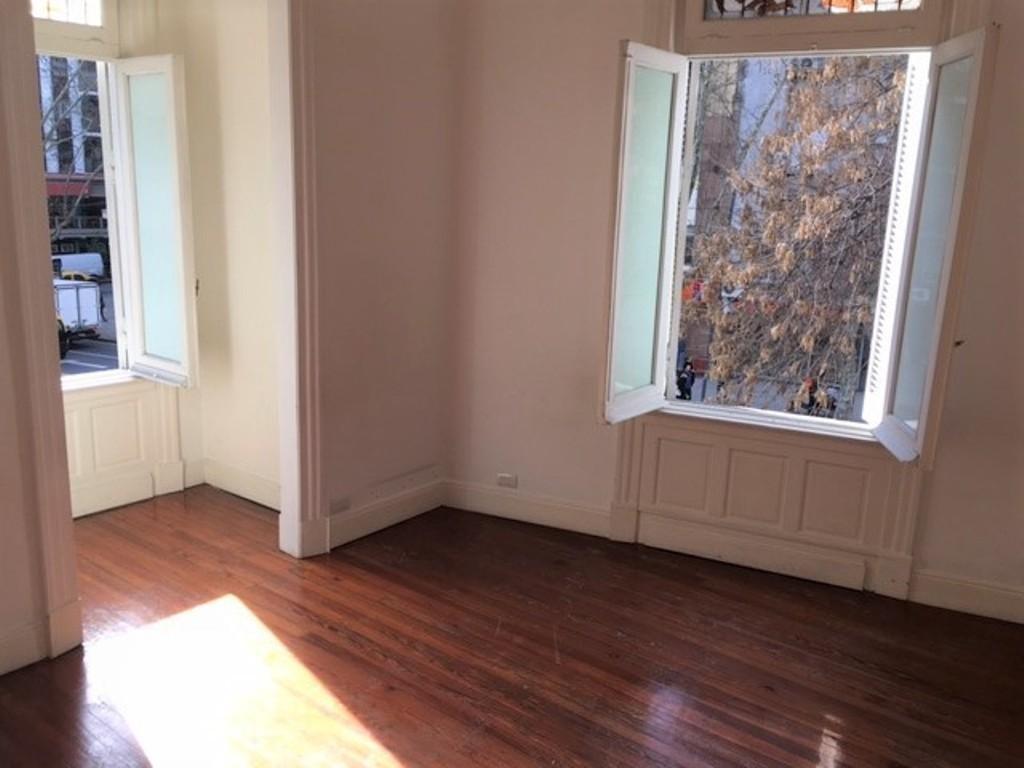 Foto Oficina en Alquiler en  Recoleta ,  Capital Federal  Anchorena 1800