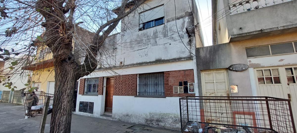 Foto Casa en Venta en  Jose Clemente Paz ,  G.B.A. Zona Norte  Compostela al 200