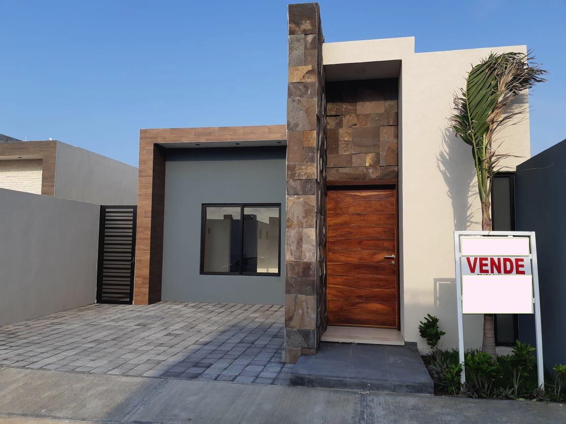 Foto Casa en Venta en  Lomas de la Rioja,  Alvarado  rioja
