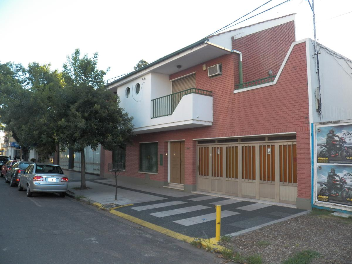 Foto Casa en Venta |  en  Candioti,  La Capital  Mitre 3500