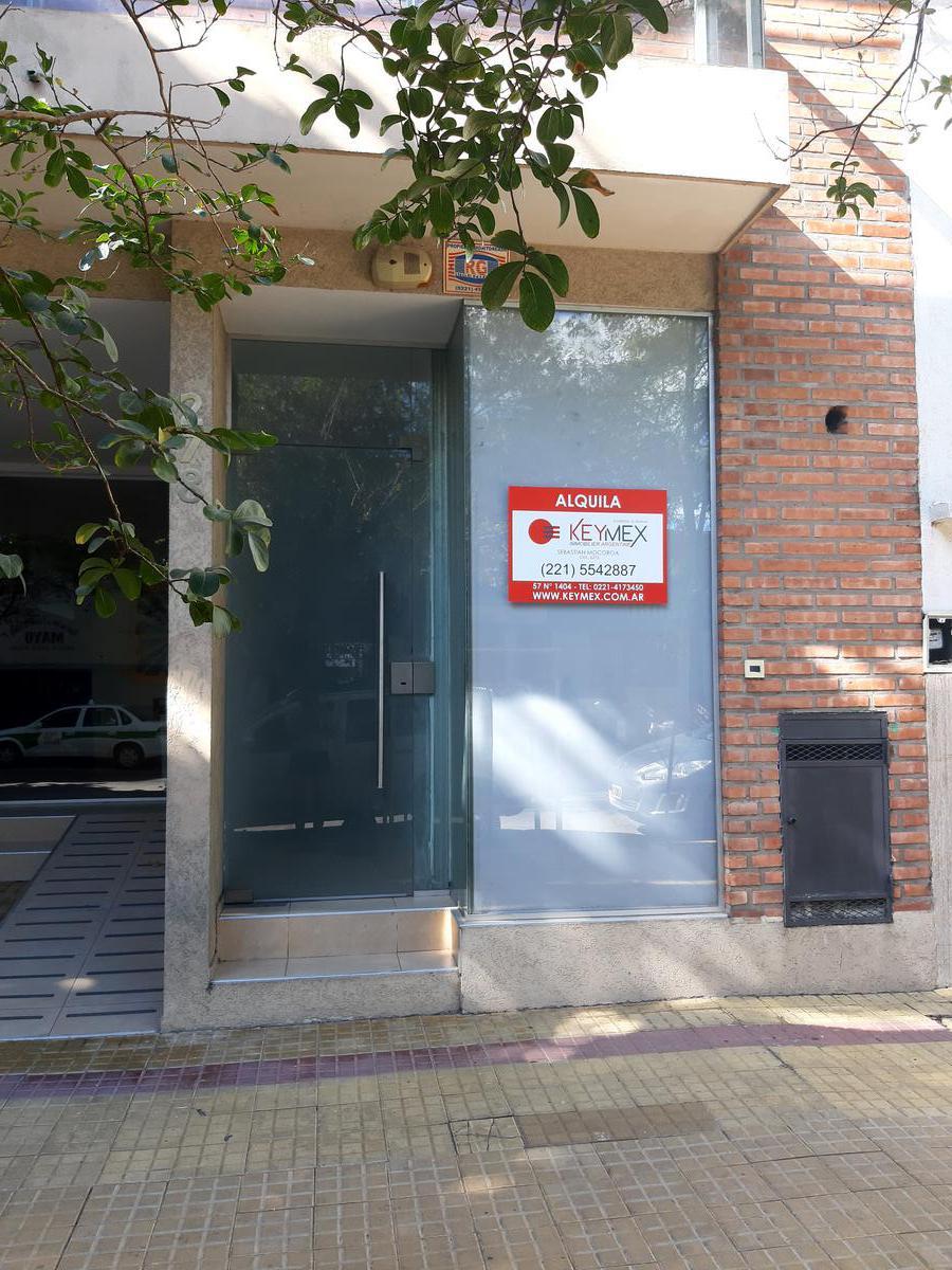 Foto Local en Venta en  La Plata ,  G.B.A. Zona Sur  LOCAL calle 4  e/37 y 38