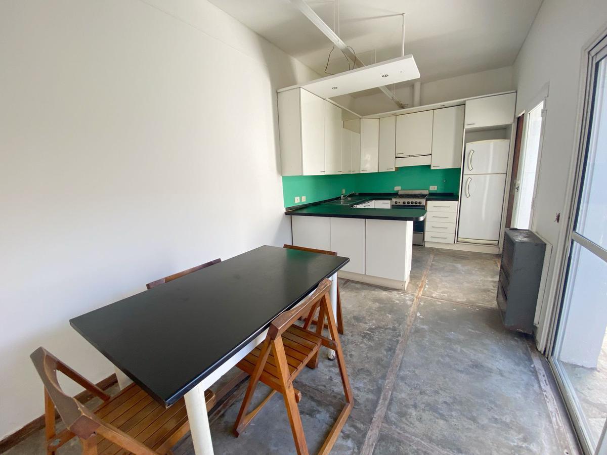 Foto Casa en Venta en  La Lucila-Vias/Libert.,  La Lucila  Vicente López al 500, La Lucila