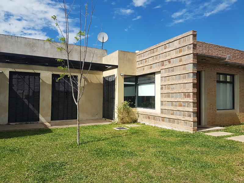 Foto Casa en Alquiler en  Concordia ,  Entre Rios  Katzenelson y Pellegrini