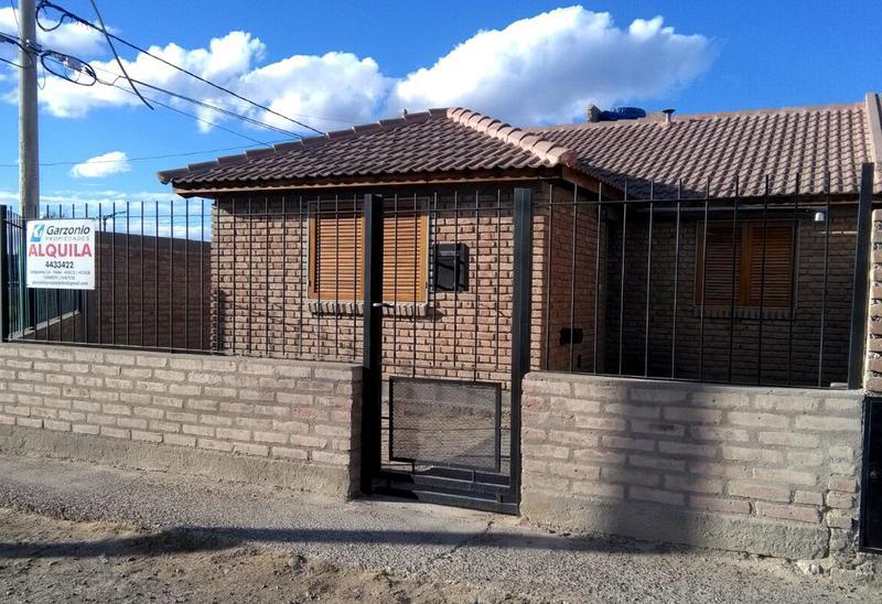 Foto Casa en Alquiler en  Trelew ,  Chubut  Muster esq. Primera Junta