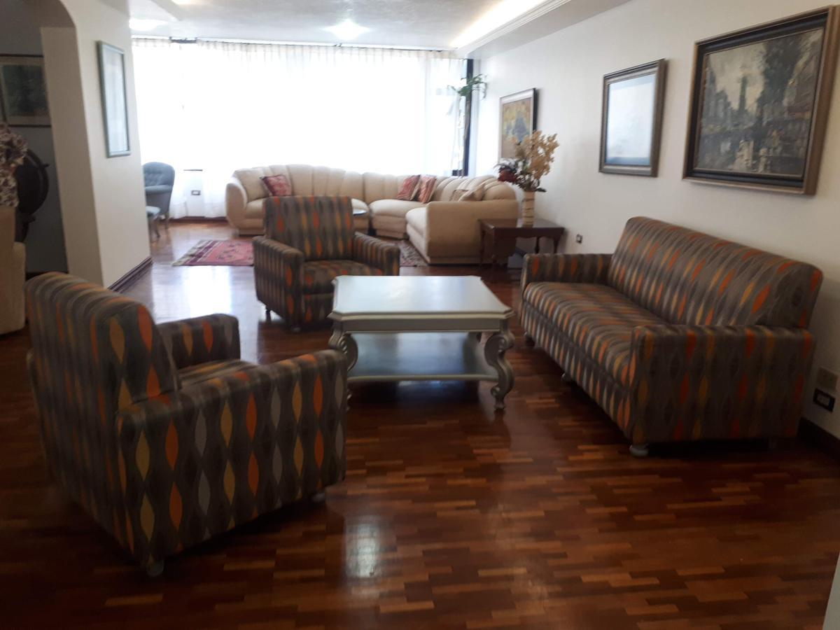 Foto Departamento en Alquiler en  La Carolina,  Quito  AVE. REPÚBLICA DEL SALVADOR N35-101