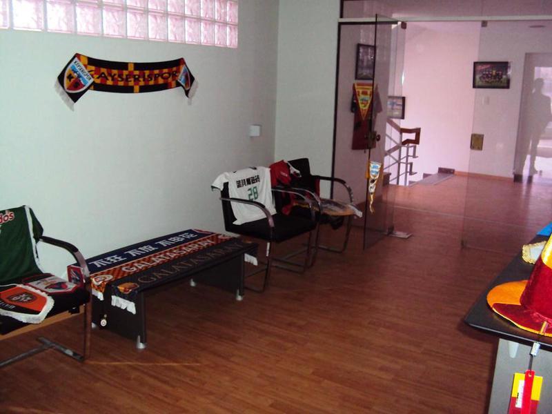 Foto Oficina en Alquiler en  La Plata ,  G.B.A. Zona Sur  48 esquina diagonal 73