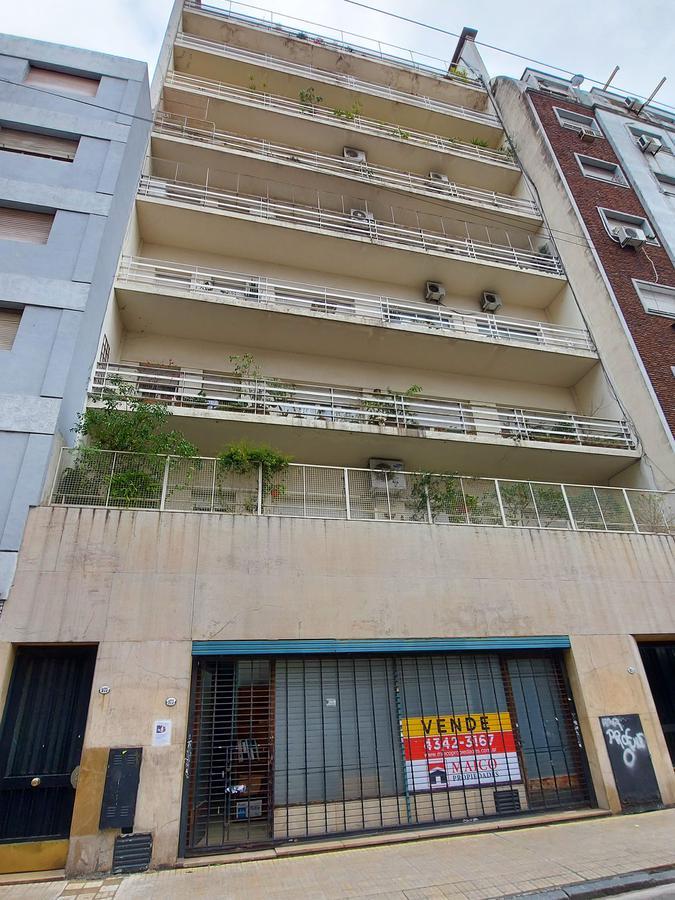Foto Local en Venta en  San Telmo ,  Capital Federal  Perú al 900