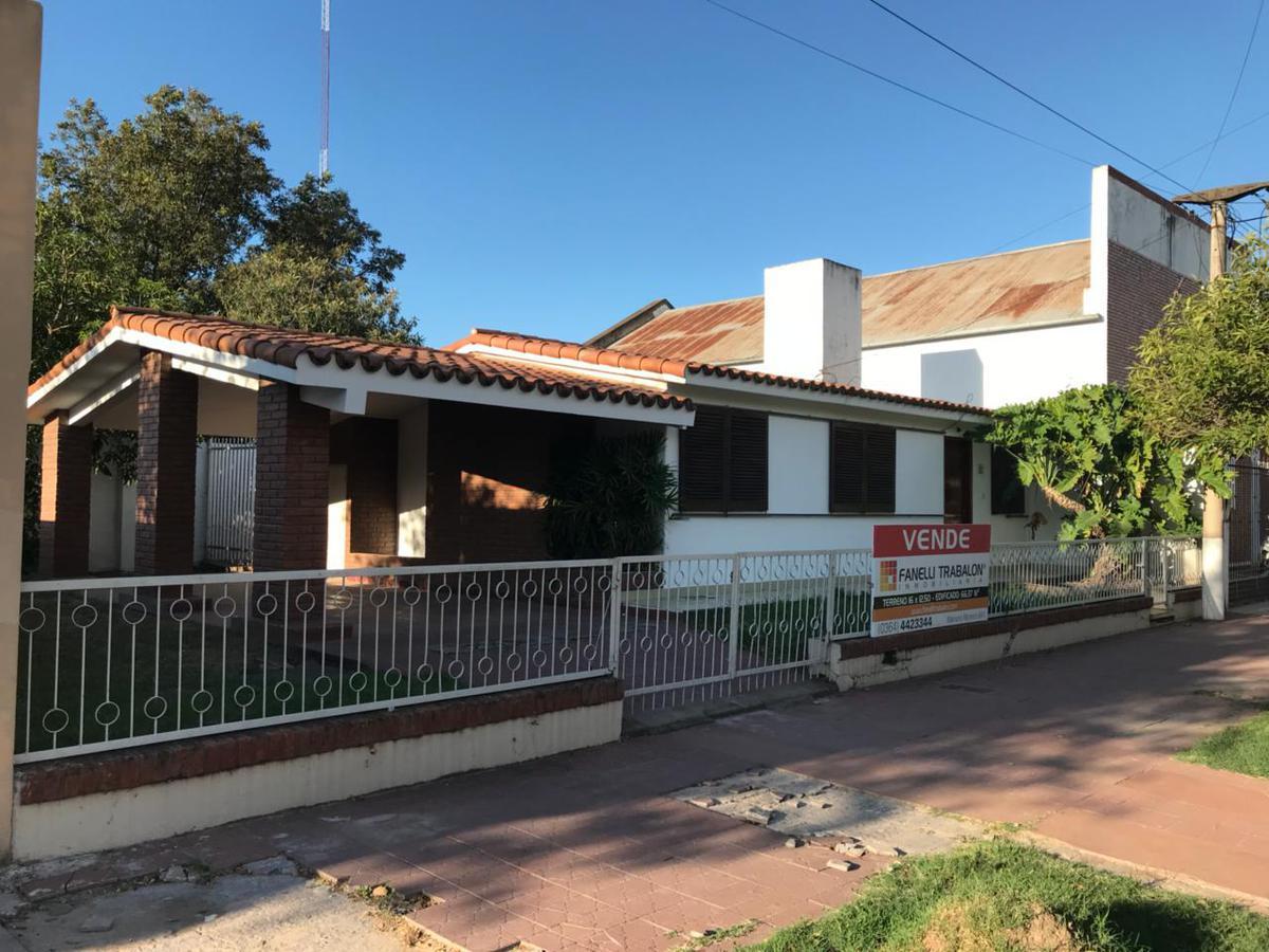 Foto Casa en Venta en  Centro,  Presidencia Roque Saenz Peña  Laprida al 200
