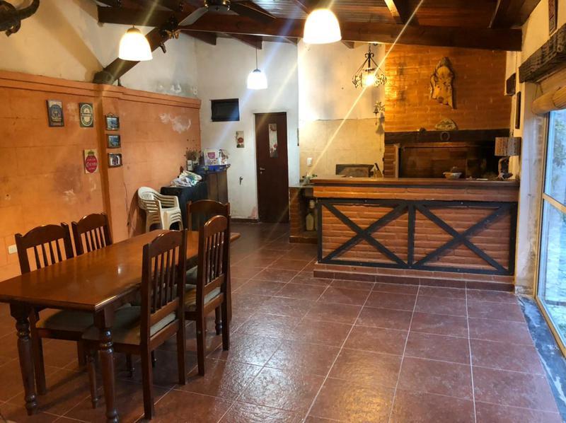 Foto Casa en Venta en  Yerba Buena ,  Tucumán  Calle Aragón 200.