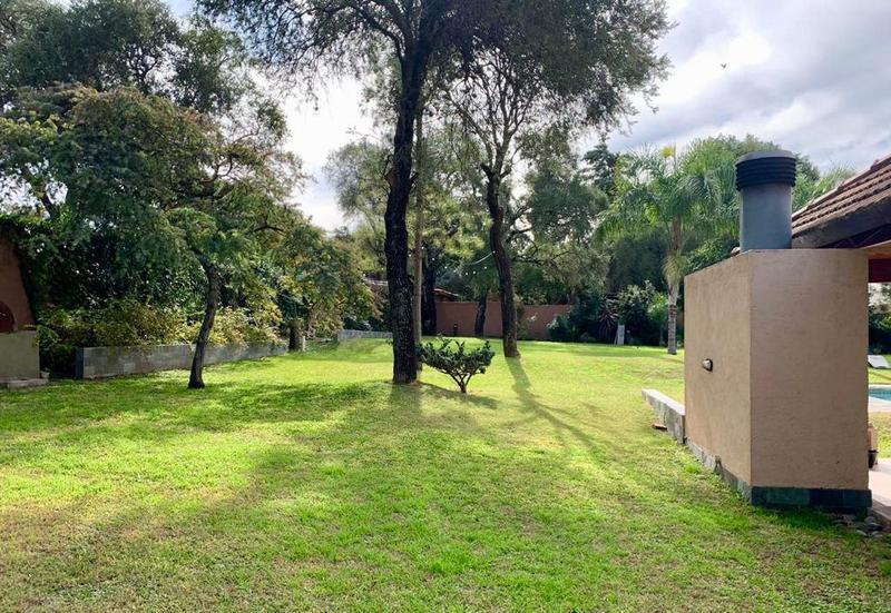 Foto Casa en Venta en  Villa Warcalde,  Cordoba  Casa Villa Warcalde