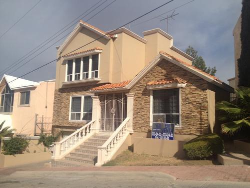 Foto Casa en Renta en  Chihuahua ,  Chihuahua  CUMBRES, CALLE CUMBRE DEL VESUBIO