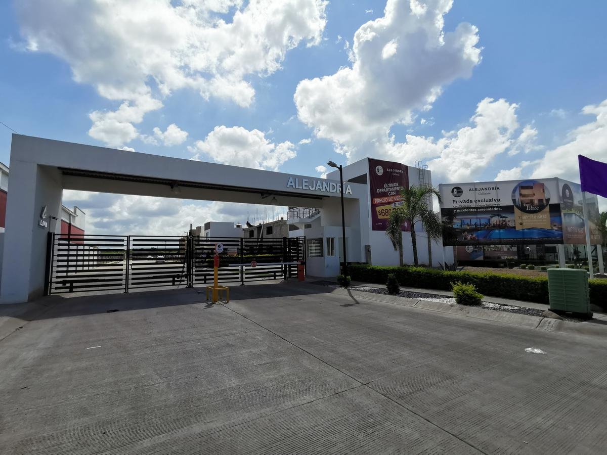 Foto Departamento en Venta en  Fraccionamiento INFONAVIT Barrancos,  Culiacán  DEPARTAMENTO EN PRIVADA CON ALBERCA, SECTOR SUR