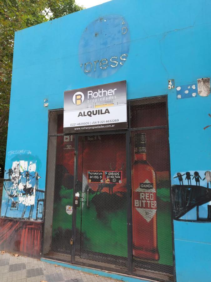 Foto Local en Alquiler en  La Plata,  La Plata  2 y 59