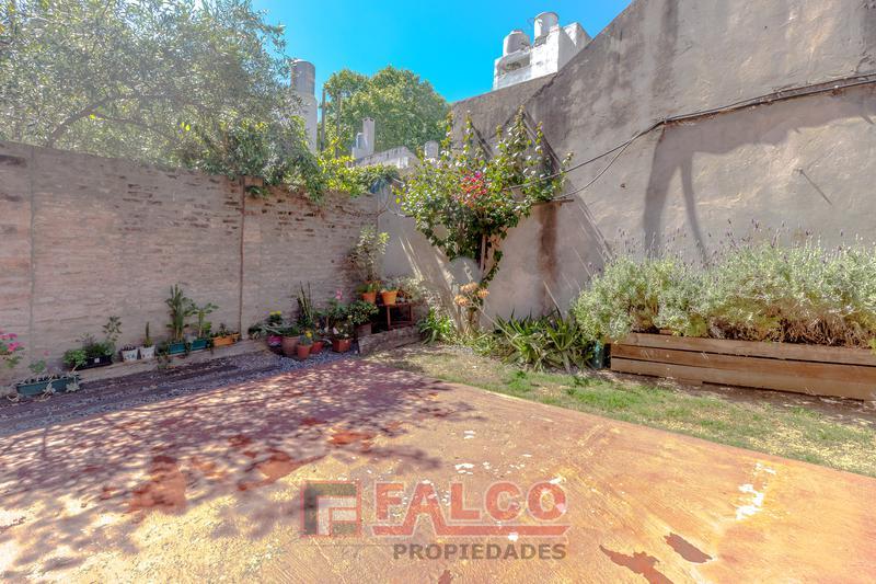 Foto Departamento en Venta en  Flores ,  Capital Federal  Gaona al 2600