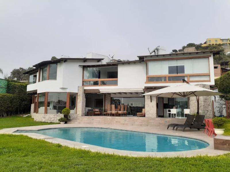 Foto Casa en Venta en  Santiago de Surco,  Lima  Calle LAS PONCIANAS S/N