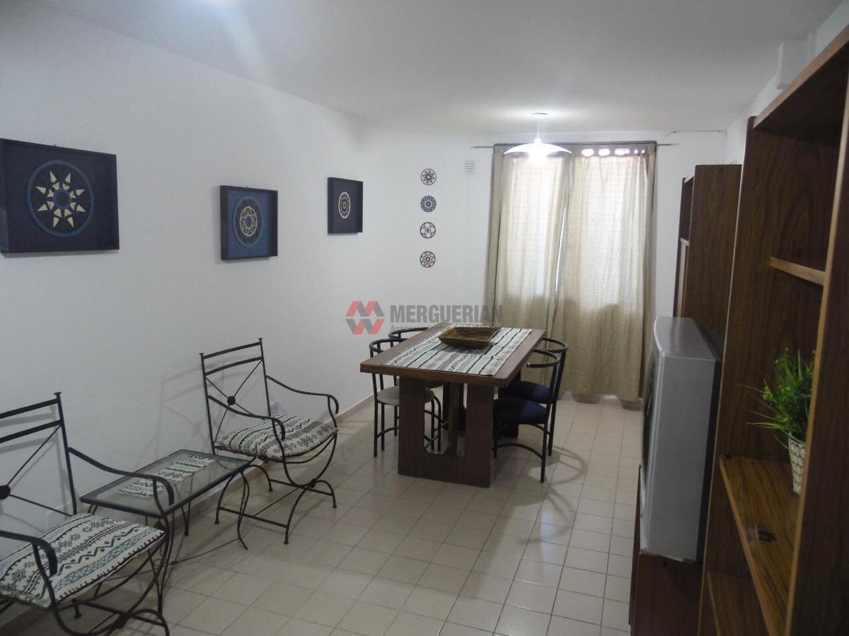 Foto Departamento en Alquiler en  Centro,  Cordoba  COLON al 500