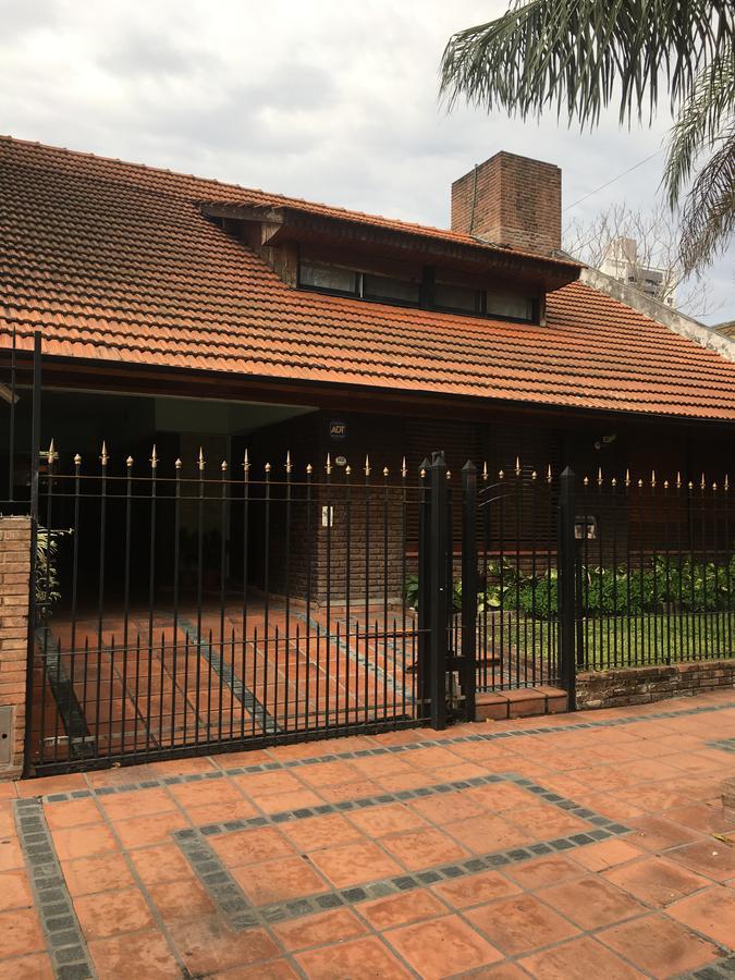 Foto Casa en Venta en  Banfield Oeste,  Banfield  ALEM al 1600