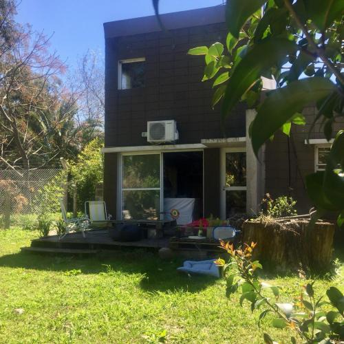 Foto Casa en Alquiler en  City Bell,  La Plata  133 e/  473 y 474