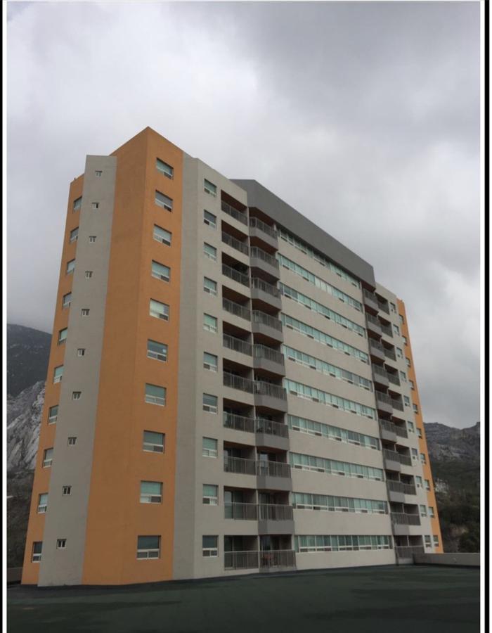 Foto Departamento en Renta en  Santa María,  Monterrey  Condominio Sierra Valle