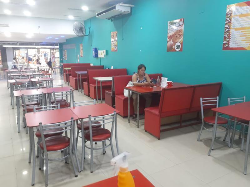Foto Local en Alquiler | Venta en  Capital ,  Santiago Del Estero  Peatonal Tucumán al 200