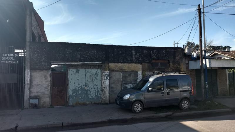 Foto Casa en Venta en  Pablo Nogues,  Malvinas Argentinas  Av. Morse al 300