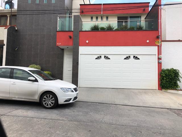 Foto Casa en Venta en  Lomas,  San Luis Potosí  Lomas 3a