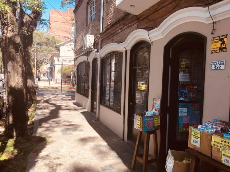 Foto Local en Alquiler en  San Isidro,  San Isidro  Rivadavia al 400
