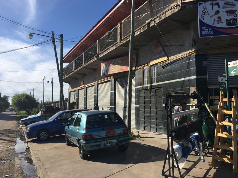 Foto Local en Alquiler en  Rafael Calzada,  Almirante Brown  FALUCHO Y SAN LUIS