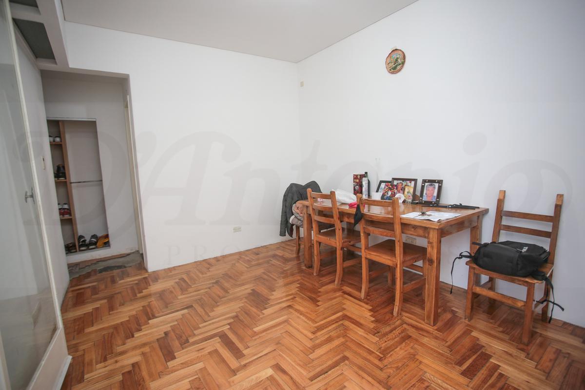 Foto Departamento en Venta en  Villa Gral.Mitre ,  Capital Federal  Dr. Luis Belaustegui al 1100