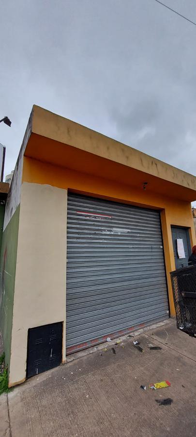 Foto Local en Alquiler en  San Miguel ,  G.B.A. Zona Norte  Gaspar Campos al 700