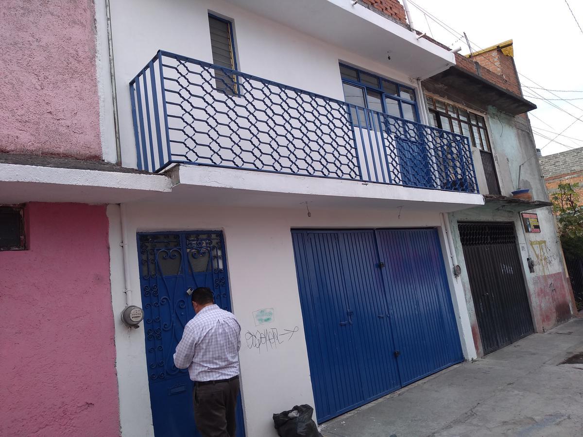 Foto Casa en Venta |  en  Morelia ,  Michoacán  LAS FLORES  DALIA #35