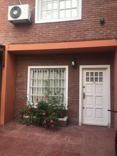 Foto Casa en Alquiler en  Lomas de Zamora Oeste,  Lomas De Zamora  ESTRADA 79