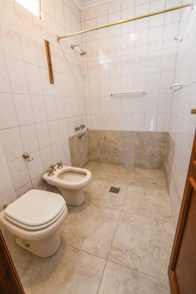 Foto Casa en Venta en  República de la Sexta,  Rosario  27 DE FEBRERO al 300