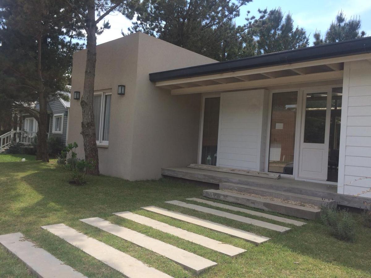 Foto Casa en Alquiler temporario en  Costa Esmeralda,  Punta Medanos  Residencial II 110