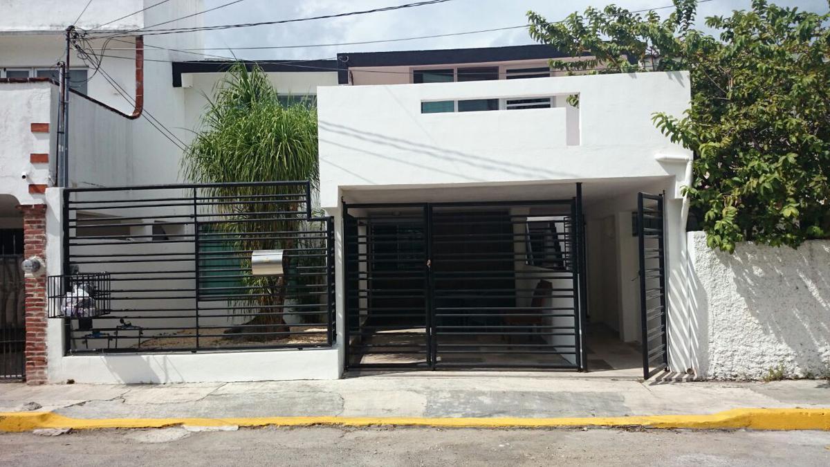 Foto Departamento en Renta en  Supermanzana 31,  Cancún  DEPARTAMENTO AMUEBLADO EN RENTA EN CANCUN EN SUPERMANZANA 31