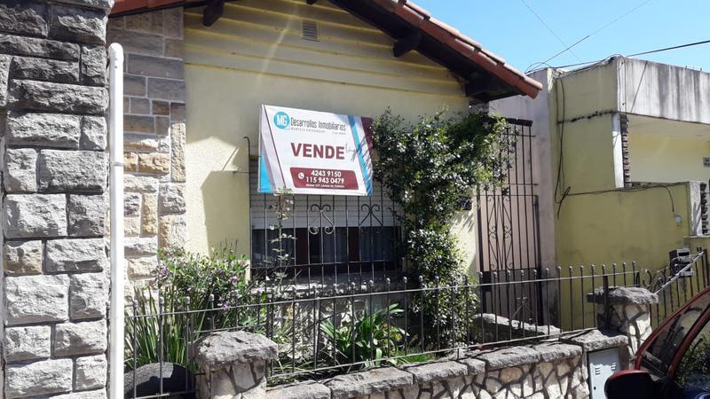 Foto Casa en Venta en  Lomas de Zamora Este,  Lomas De Zamora  Pirovano 500