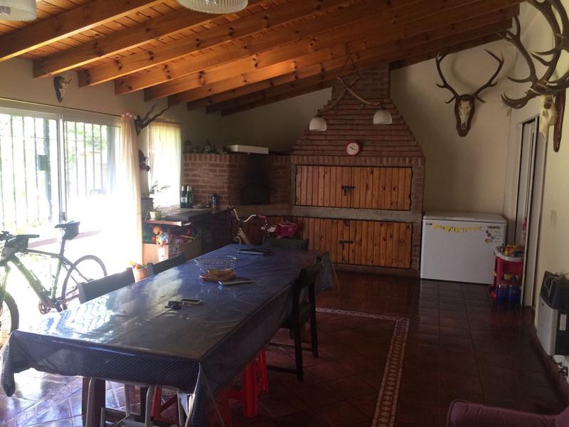 Foto Casa en Venta en  Villa Luzuriaga,  La Matanza  Garibaldi al 1900
