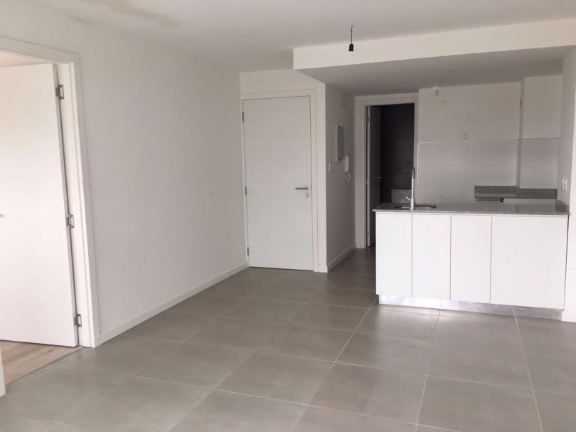 Foto Apartamento en Venta en  Cordón ,  Montevideo  Con renta, Tacuarembó y 18 de Julio