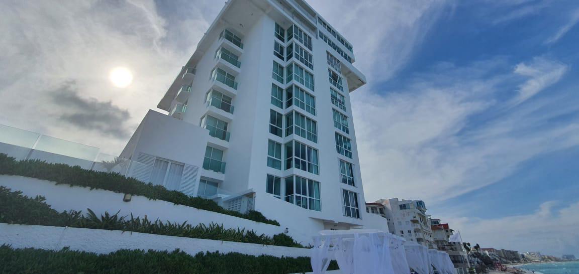 Foto Departamento en Venta en  Benito Juárez ,  Quintana Roo  ESTUDIOS FRENTE AL MAR- ZONA HOTELERA