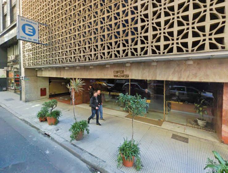 Foto Cochera en Venta en  San Nicolas,  Centro  Viamonte al 700