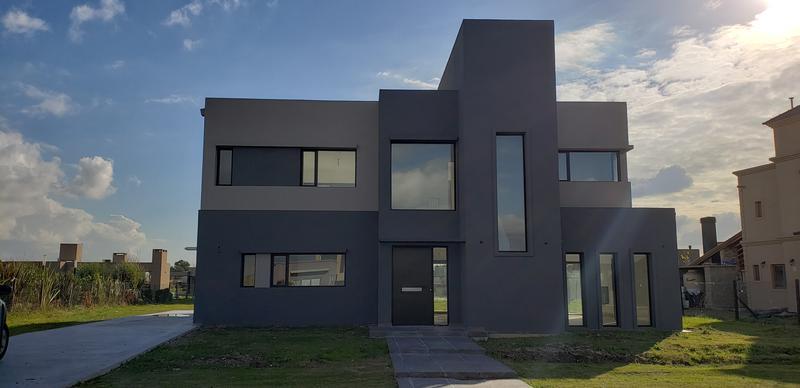 Foto Casa en Venta en  La Horqueta de Echeverría,  Countries/B.Cerrado (E. Echeverría)  Horqueta de Echeverría - Casa a estrenar con financiación!