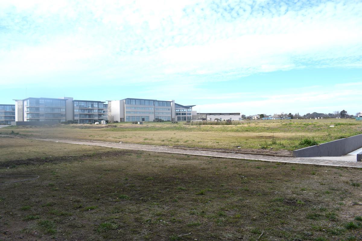 Foto Departamento en Venta en  Greenville Polo & Resort,  Guillermo E Hudson  Greenville Terrazas al Polo PB 8